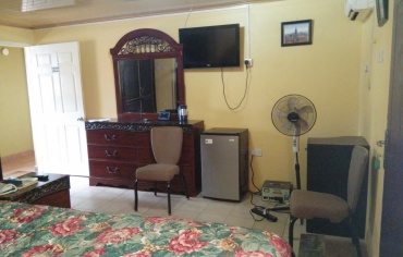 Double Bed Room 1 - 26 Bailey Street
